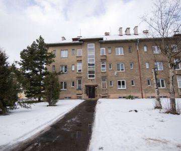 Priestranný 2 izbový byt s vlastným kúrením v širšom centre L.Mikuláša