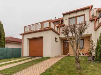 Predaj moderne zariadenej 5 izb. novostavby RD s garážou, pozemkom 320 m2, Horná Potôň