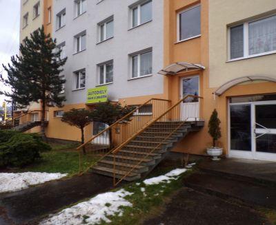 Ostúpenie nebytového priestoru na podnikanie 40 m2 Prievidza sídlisko Zapotôčky FM1015