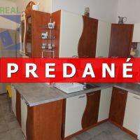 2 izbový byt, Nováky, 72 m², Čiastočná rekonštrukcia