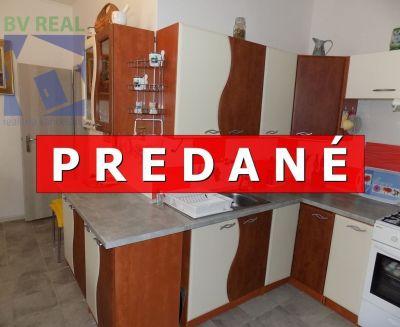 EXKLUZÍVNE na predaj 2 izbový byt 72 m2 v Novákoch PL1003