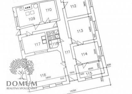 Kancelárske priestory 16; 17,5; 20 a 30 m2 na prenájom v širšom centre Novom Meste n/V