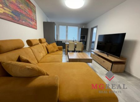 4 izbový byt so šatníkom , garážou ,záhradkou Topoľčany / VYPLATENA ZALOHA
