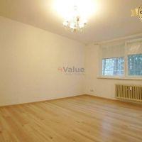 3 izbový byt, Bratislava-Karlova Ves, 83 m², Čiastočná rekonštrukcia