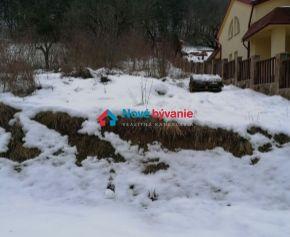 Parádny výhľad. Na predaj pozemok vhodný na výstavbu v Jasenove (N123-14-MIMa)
