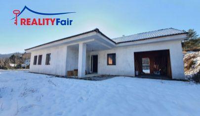 Na predaj rozostavaný rodinný dom pri Banskej Bystrici