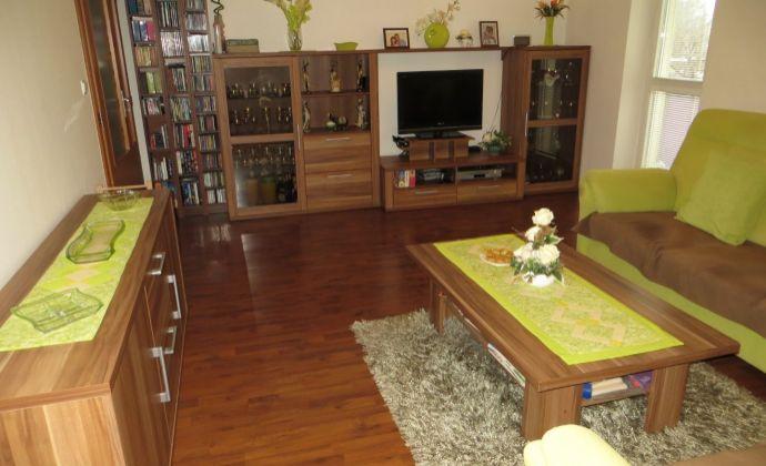 Best Real - Priestranný 4-izbový byt na Podunajskej ulici, kompletne zariadený, 111m2 plus dva balkóny.