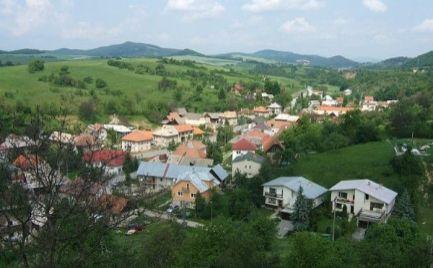 Predaj, malý rodinný dom s pozemkom 1 216 m2 Dolná Mičiná  - cena 68 000 €