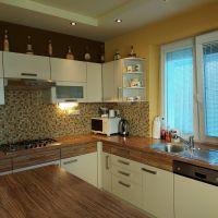 Rodinný dom, Bratislava-Ružinov, 240 m², Kompletná rekonštrukcia