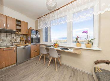 REZERVOVANÉ - 1 izbový byt s pekným výhľadom na jazero Draždiak na ulici Znievska