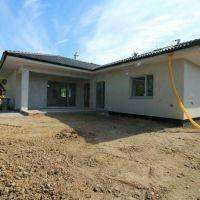 Rodinný dom, Čaradice, 111 m², Novostavba