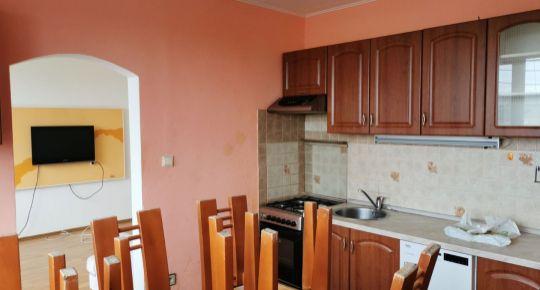 Ponúkame na predaj veľký 2-izb. byt  s lodžiou Veľký Krtíš .