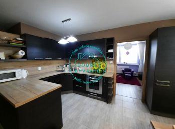 EXKLUZÍVNE Ponúkame NA PRENÁJOM 4 izbový byt v Nových Zámkoch