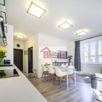 2 izbový byt, Bratislava-Staré Mesto, 55 m², Kompletná rekonštrukcia