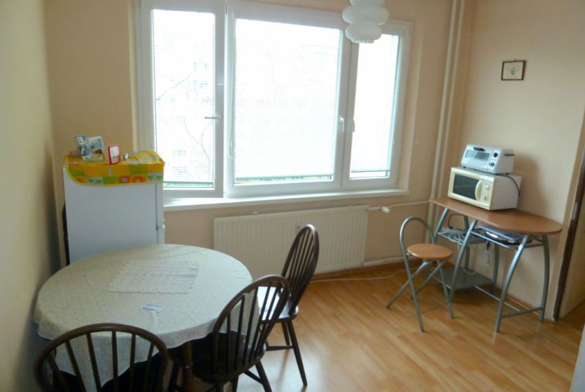 Predaj 1 izbový byt Lučenec-2