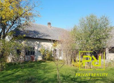 Ponúkame Vám na predaj Veľký Rodinný dom V obci Macov na pozemku o rozlohe 1336 m2