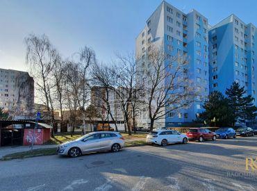 3 izbový byt v tesnej blízkosti lesa na ulici Bradáčova