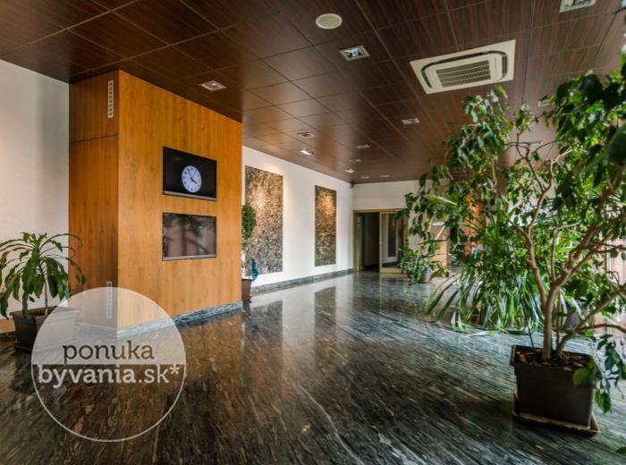 REZERVOVANÉ - BOSÁKOVA, 1-i byt, 51 m2 - NOVOSTAVBA, TOP lokalita, NONSTOP strážna služba