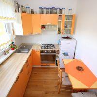 2 izbový byt, Uhrovec, 55 m², Kompletná rekonštrukcia