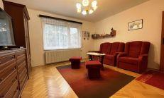 Tehlový kompletne zrekonštruovaný 3izb.  byt s garážou, Komárno, predaj
