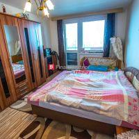 4 izbový byt, Sládkovičovo, Čiastočná rekonštrukcia