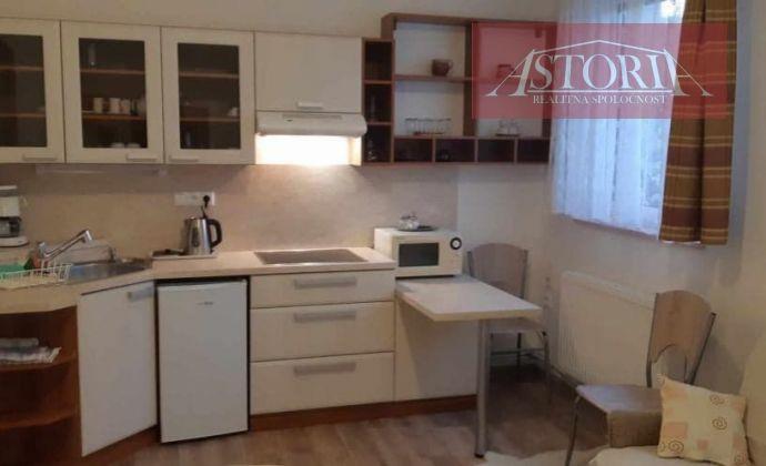 PRENÁJOM - 2-lôžkový apartmán - SUČANY
