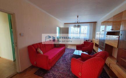 Ponúkame Vám na predaj čistočne prerobený 3 izbový byt v meste  Štúrovo