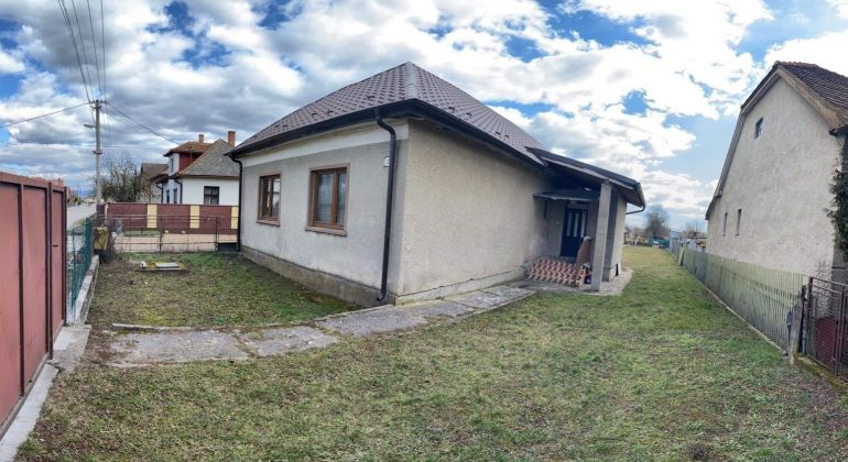 Predaj - rodinný dom v obci Veľké Chlievany