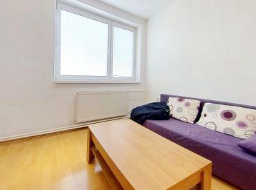 Garáž, balkón, špajza. Na PREDAJ veľký 3,5 izbový byt za super cenu v Humennom (N126-113-MIM)