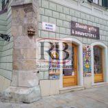 Obchodný priestor na frekventovanom mieste, priamo v srdci Bratislavy, 41 m2