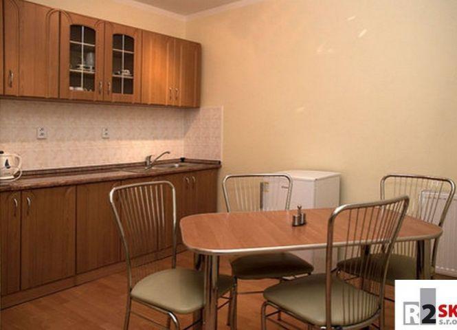 3 izbový byt - Bytča - Fotografia 1