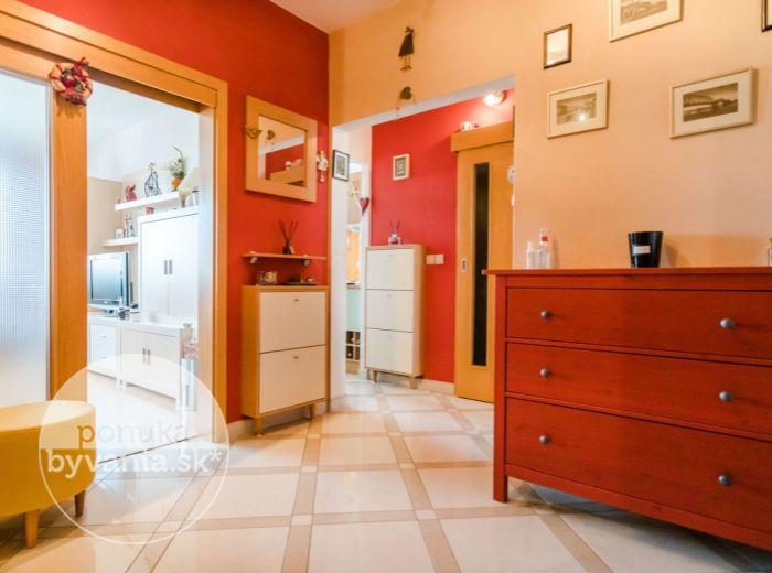 REZERVOVANÉ - ĽUBOVNIANSKA, 3-i byt, 73 m2 – VEĽKÝ DRAŽDIAK, orientácia na východ, západ, CHORVÁTSKE RAMENO, pokoj