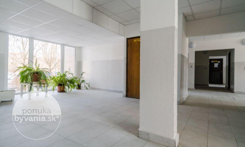 ponukabyvania.sk_Ľubovnianska_3-izbový-byt_KALISKÝ