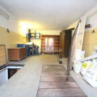 Garáž jednotlivá, Bánovce nad Bebravou, 21 m², Kompletná rekonštrukcia