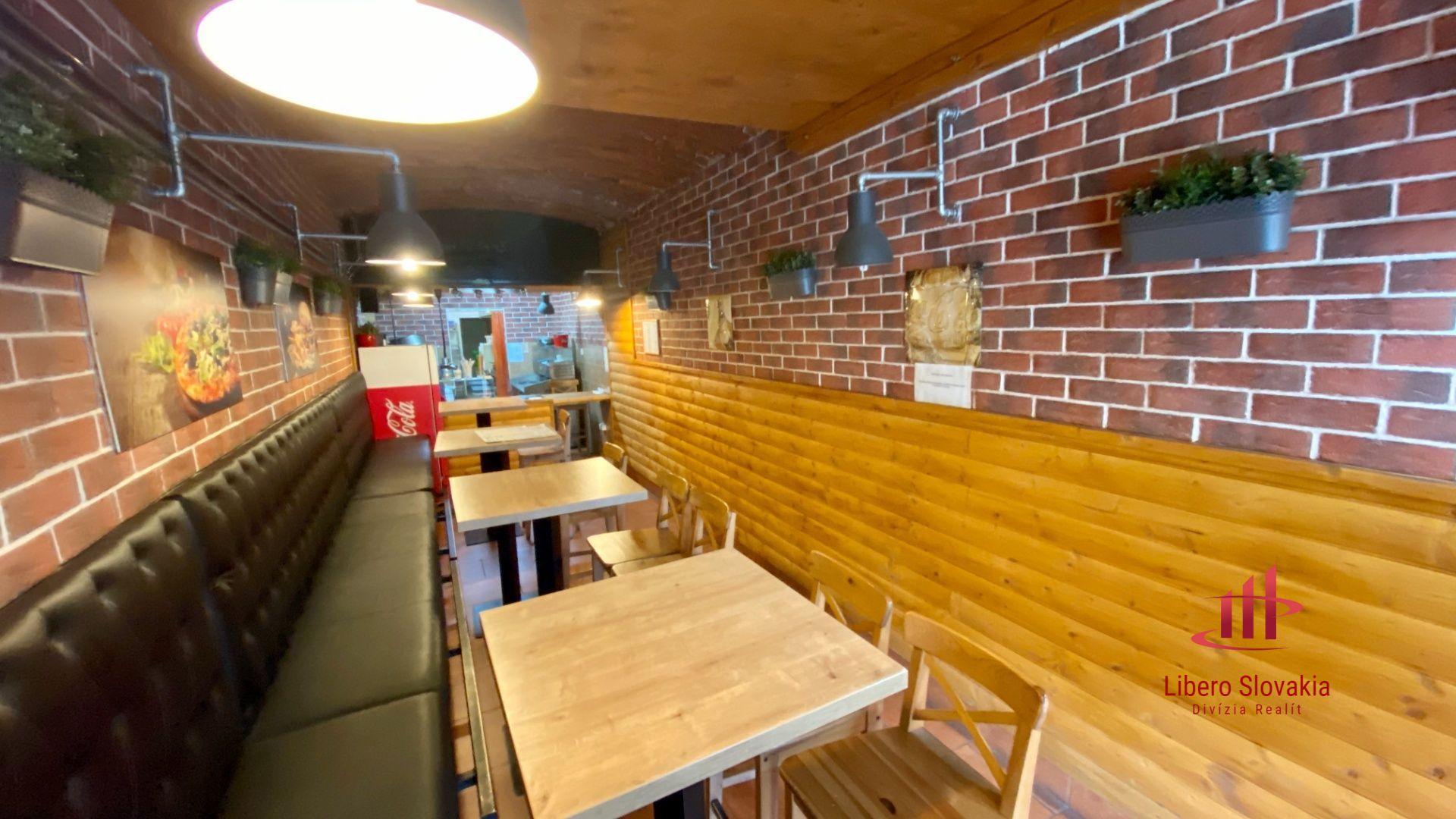 Kompletná budova so zabehnutou prevádzkou: pizza – burger / bar-reštaurácia.