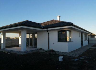 Luxusné 4-izbové bungalovy zhotovené s moderným interiérom na kľúč