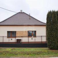 Rodinný dom, Vlčany, 120 m², Pôvodný stav