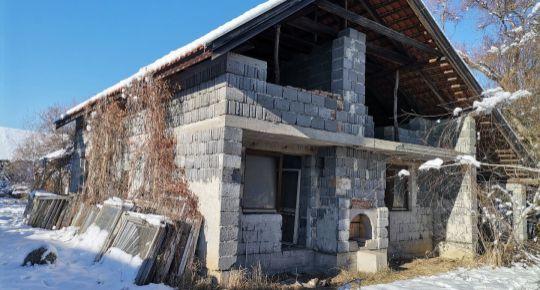 Predaj,dva domy za jednu cenu v Panických Dravciach,okres Lučenec