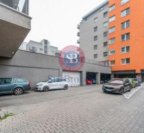 3 izb. byt - aktuálne veľkometrážny 2 izb. byt s možnosťou prerobenia, novostavba, ul. Kazanská