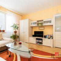 3 izbový byt, Žiar nad Hronom, 72 m², Čiastočná rekonštrukcia