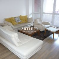 3 izbový byt, Bratislava-Staré Mesto, 87 m², Čiastočná rekonštrukcia