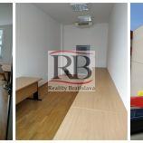 Tri spojené kancelárie 65 m² v Petržalke na prenájom
