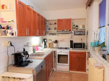 Rekonštruovaný 2- izbový byt s parkovaním, Žilina-centrum