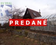 Na predaj murovaná záhradná chatka so záhradou 267 m2 Prievidza FM1032
