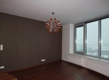 BA III. Nové mesto - 4 izbový byt v komplexe III. Veže
