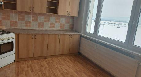 Predaj 3 izbový byt s balkónom v Lučenci..