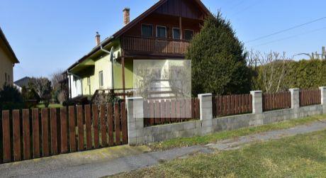 4 - izbový priestranný dom pre veľkú rodinu s pivnicou a garážou - obec Dunakiliti