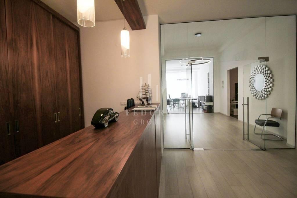 Reprezentatívne kancelárske priestory s apartmánom, BA - Šancová