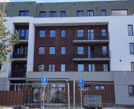 KOLAUDUJEME! 2-izbový byt 56m2 v nadštandarde, novostavba SĹŇAVA - BANKA - PIEŠŤANY