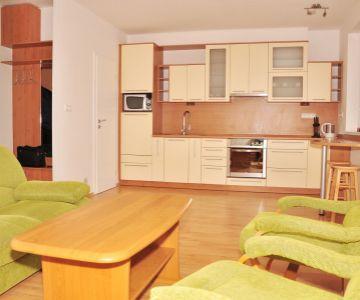 Nájom 2-izb. bytu, centrum, Liptovský Mikuláš